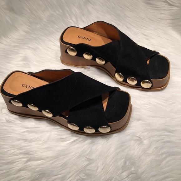 valerie suede platform sandal